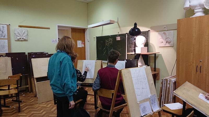 бесплатные уроки рисования в москве